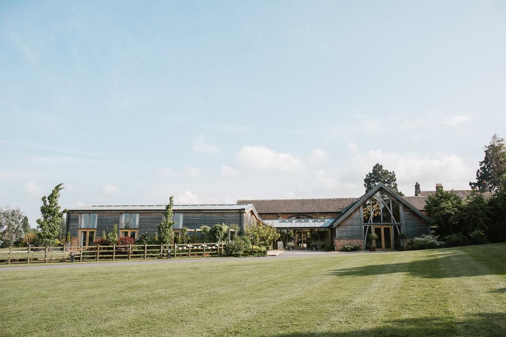 Mythe Barn, Mythe Barn wedding, Danielle Victoria Photography, Staffordshire wedding photographer-103.jpg