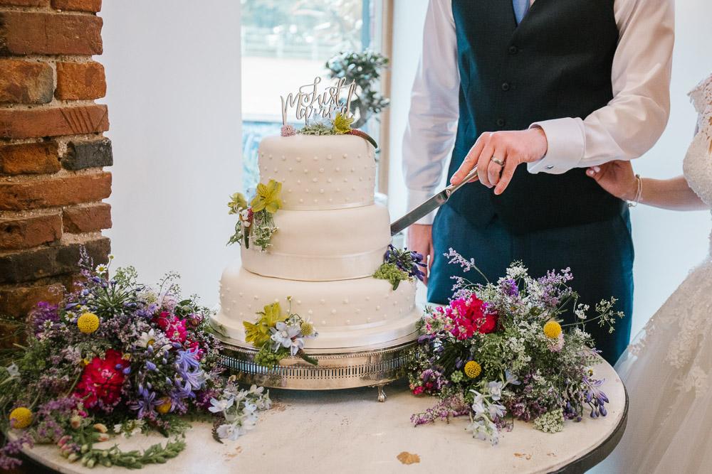 Mythe Barn, Mythe Barn wedding, Danielle Victoria Photography, Staffordshire wedding photographer-113.jpg