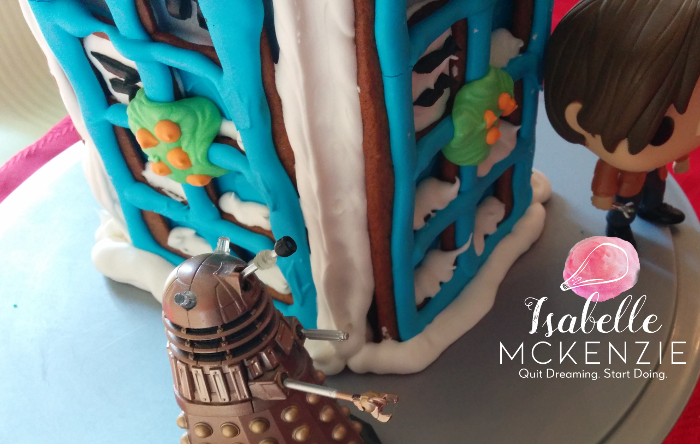 Tutorial:DIYDoctor Who TARDIS Gingerbread House - A full step-by-step tutorial for this adorable TARDIS gingerbread house for Whovians and non-Whovians alike.