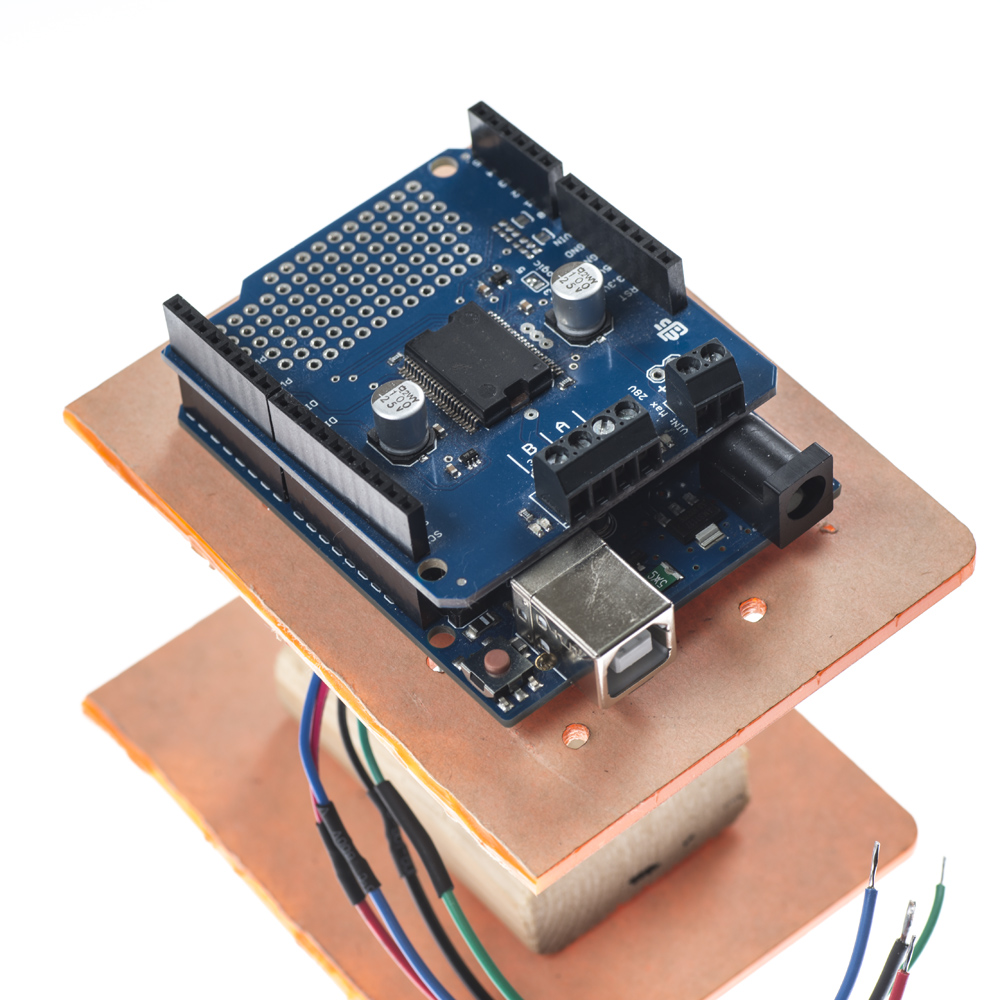 Placement of Arduino UNO on Motor Base