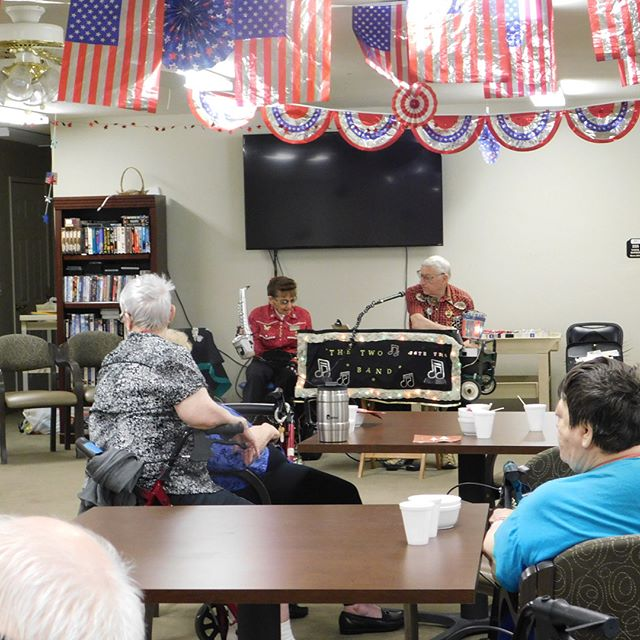 Residents really enjoy our live entertainment!!