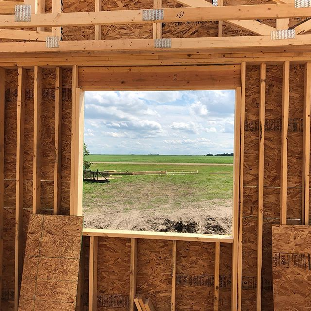Every kitchen window needs a view like this! #landoflivingskies #extol #yqrconstruction #yqrsmallbusinesses