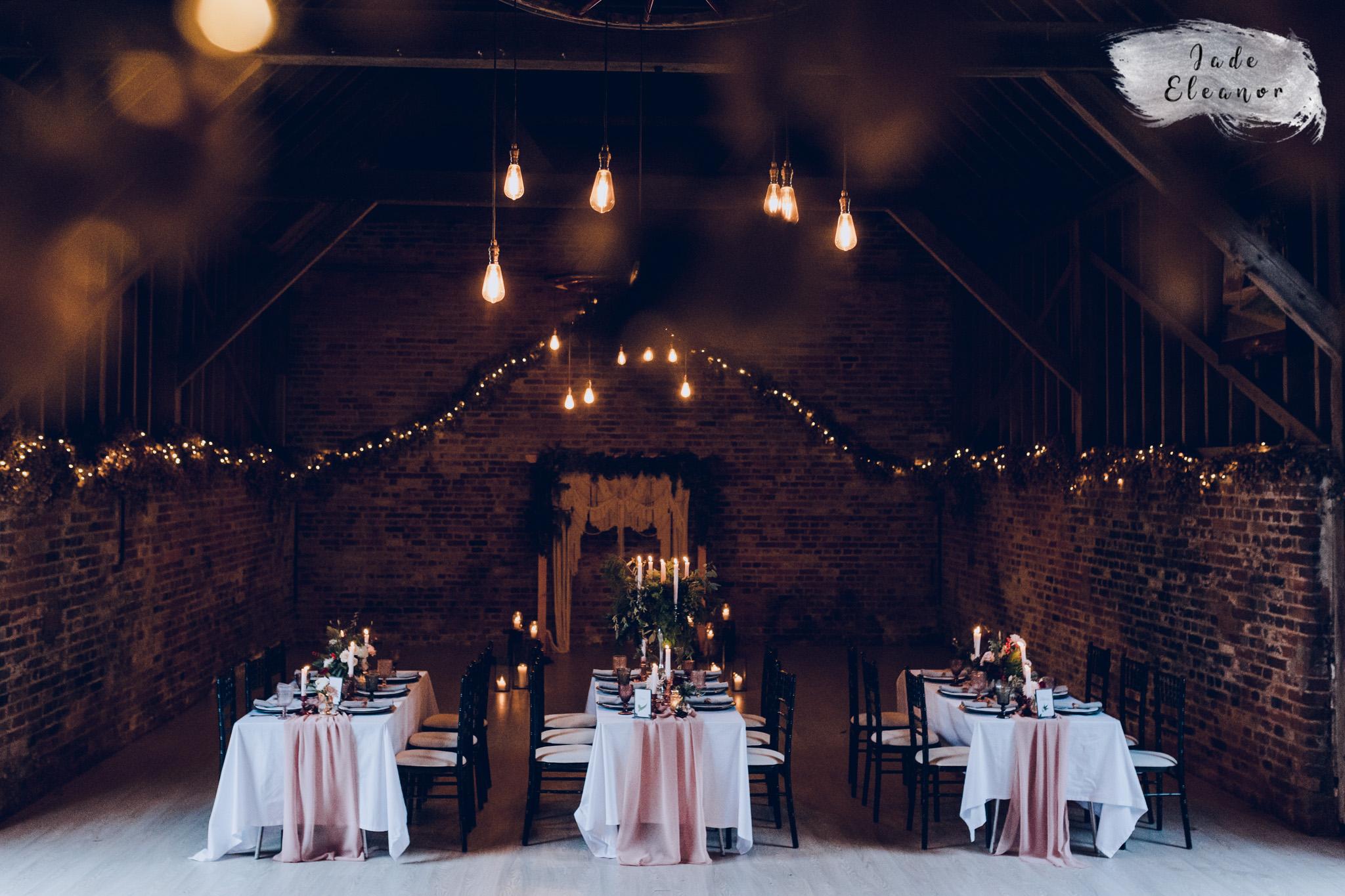 Bysshe Court Barn Wedding Jade Eleanor Photography-36.jpg