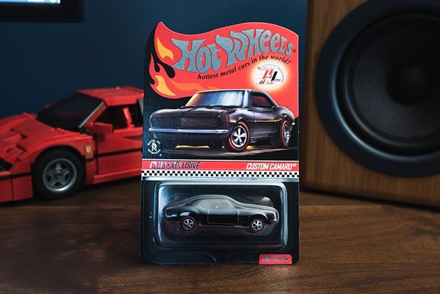 @hotwheelsofficial is in for some serious internet backlash when their RLC members get this years car. Taking away the numbered hologram without letting members know in advance wasn't a good idea.