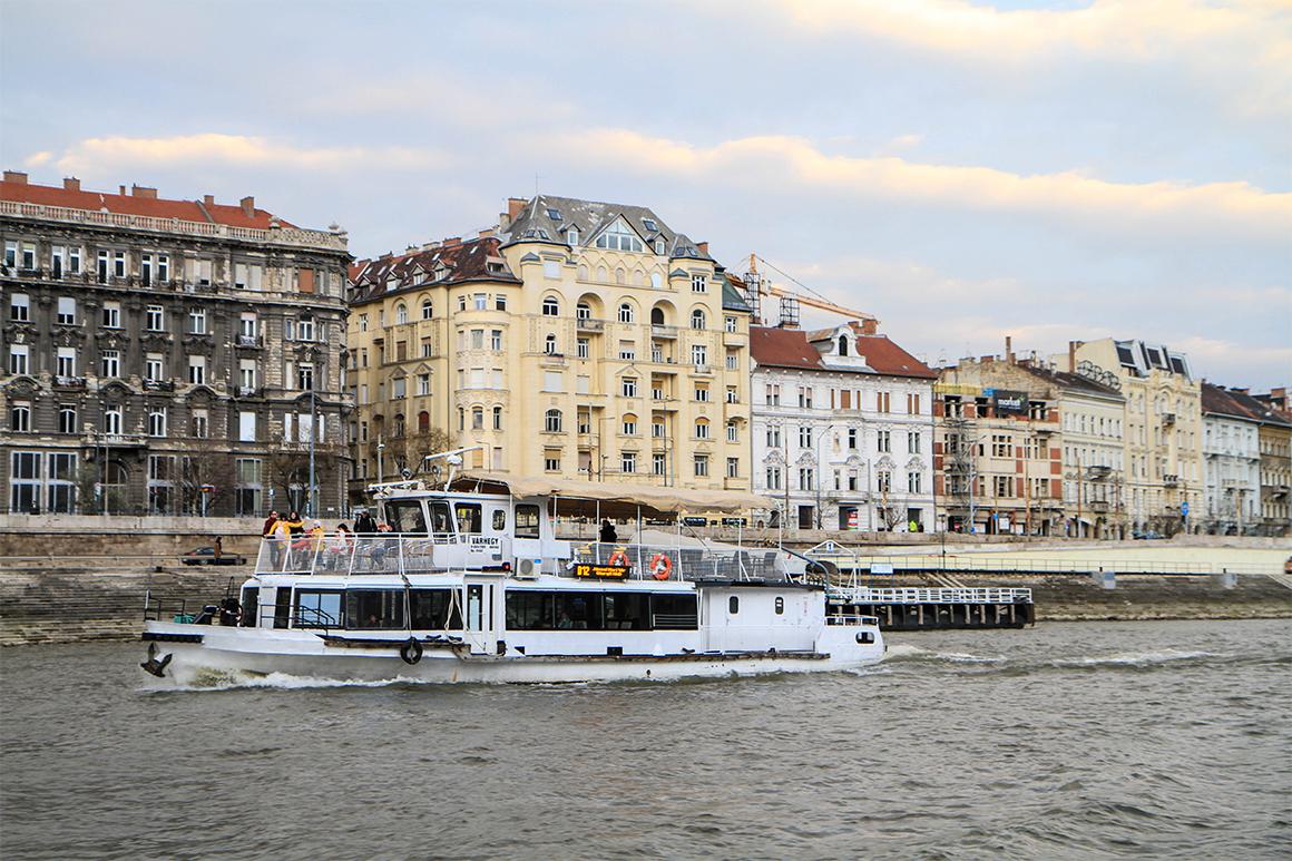 Budapest-Honeymoon-10.jpg