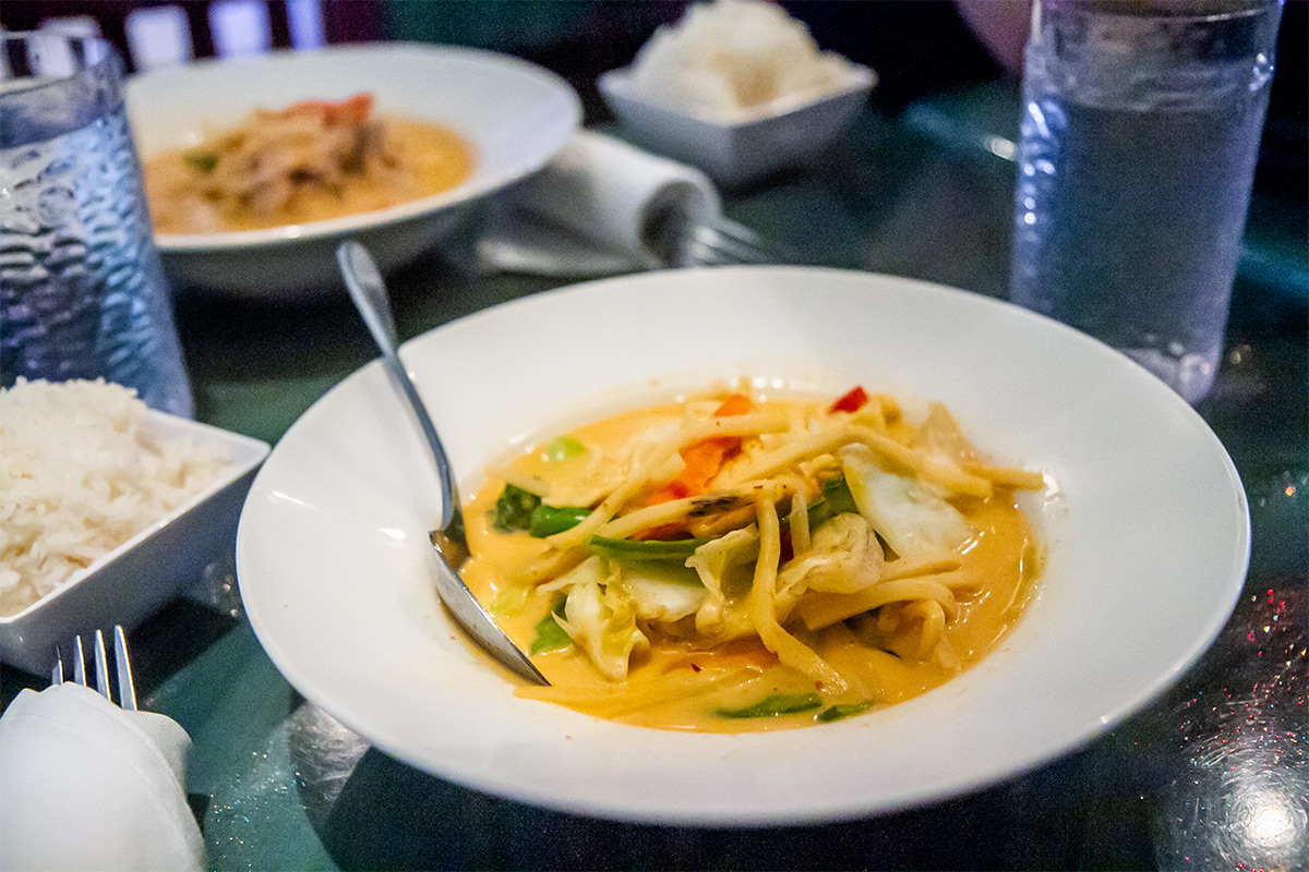 6 Places to Eat in DC - Royal Thai