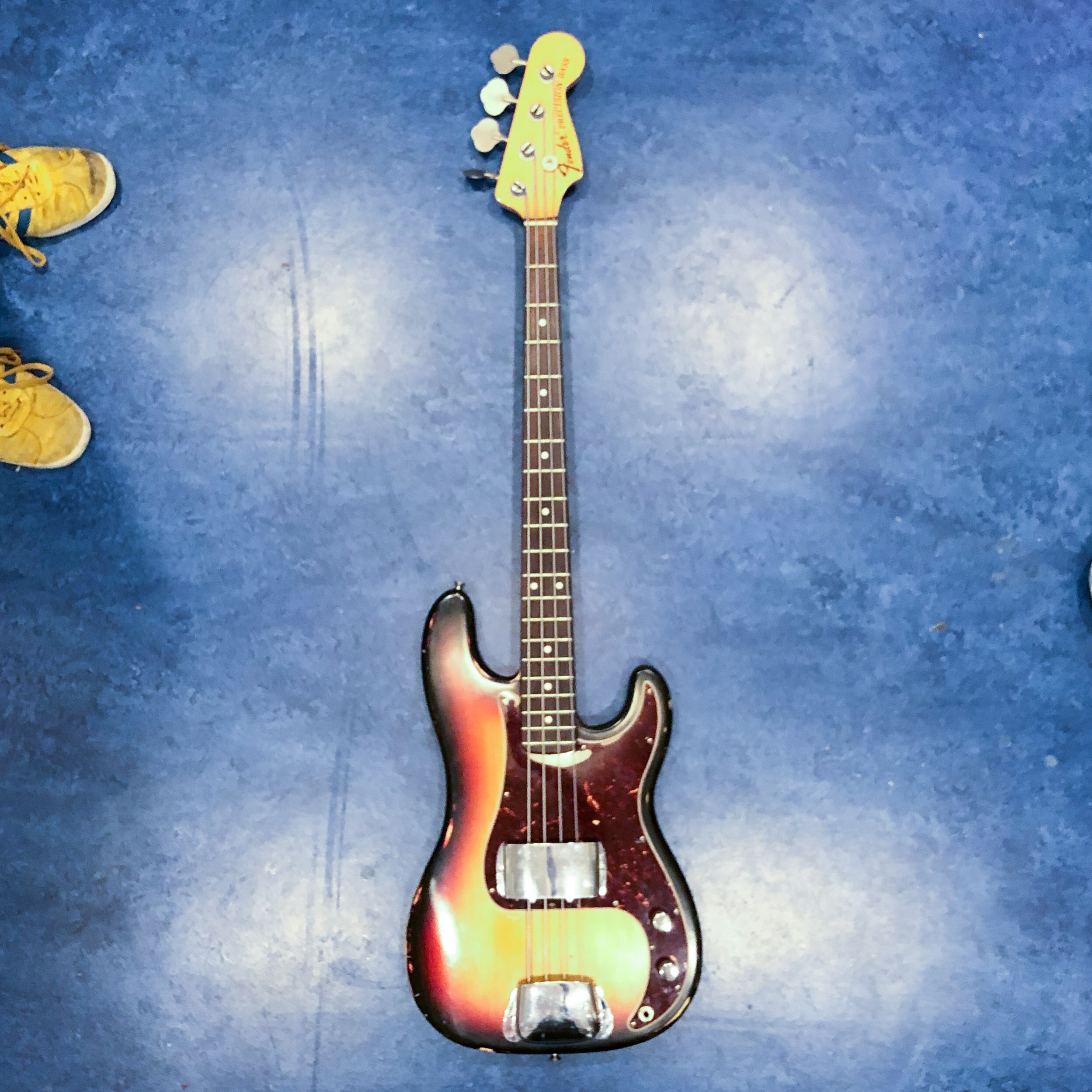 the-high-gain-podcast-p-bass-sunburst.JPEG