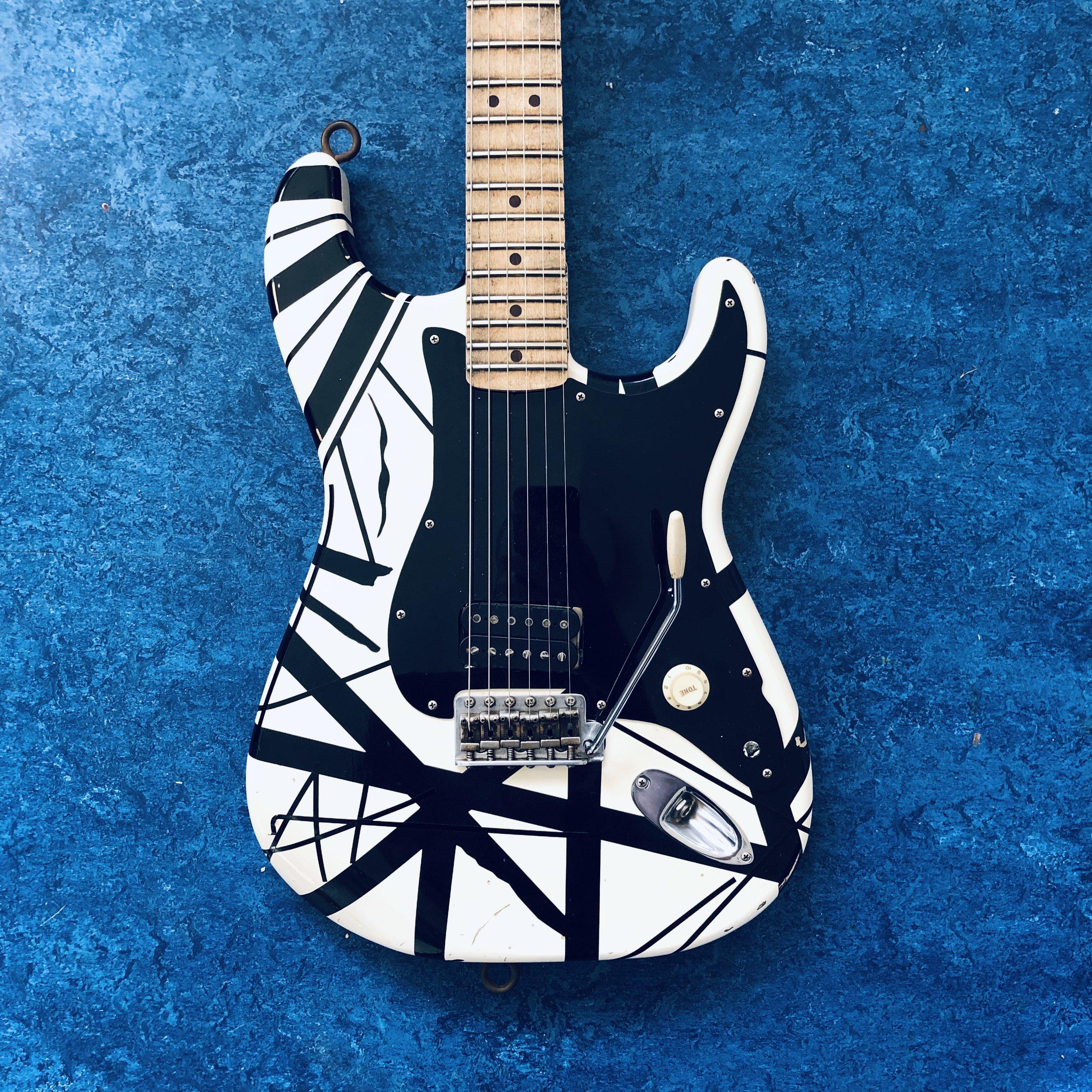 EVH-guitar-body.jpg