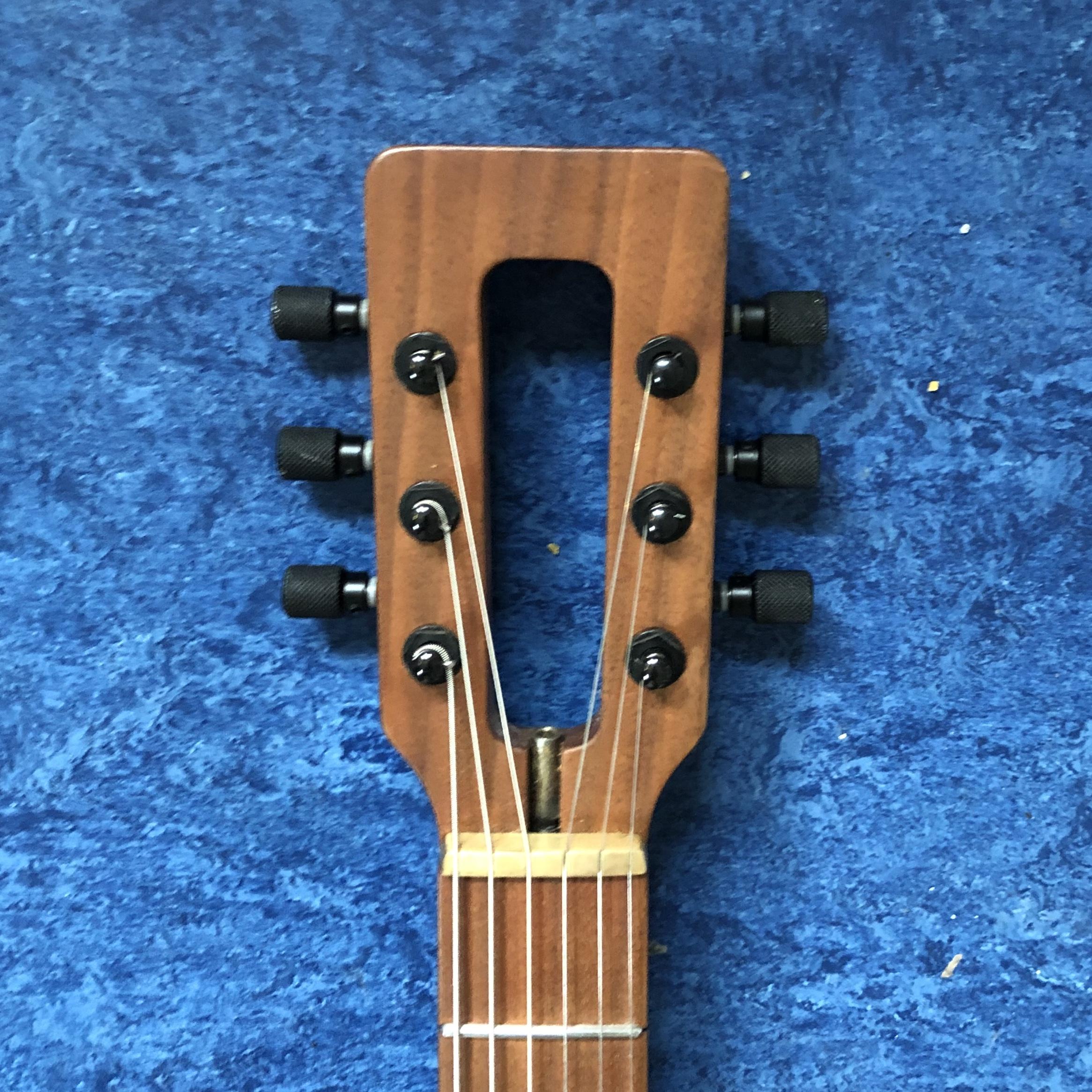 millimetric-guitar-headstock.jpg