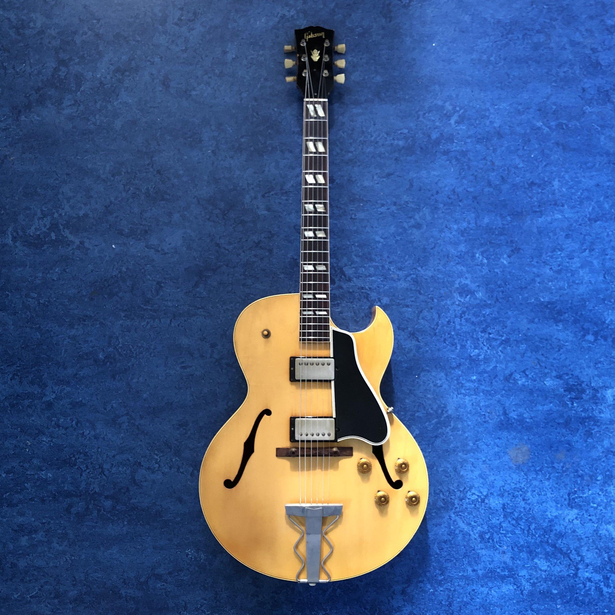 Gibson-ES-175.jpg