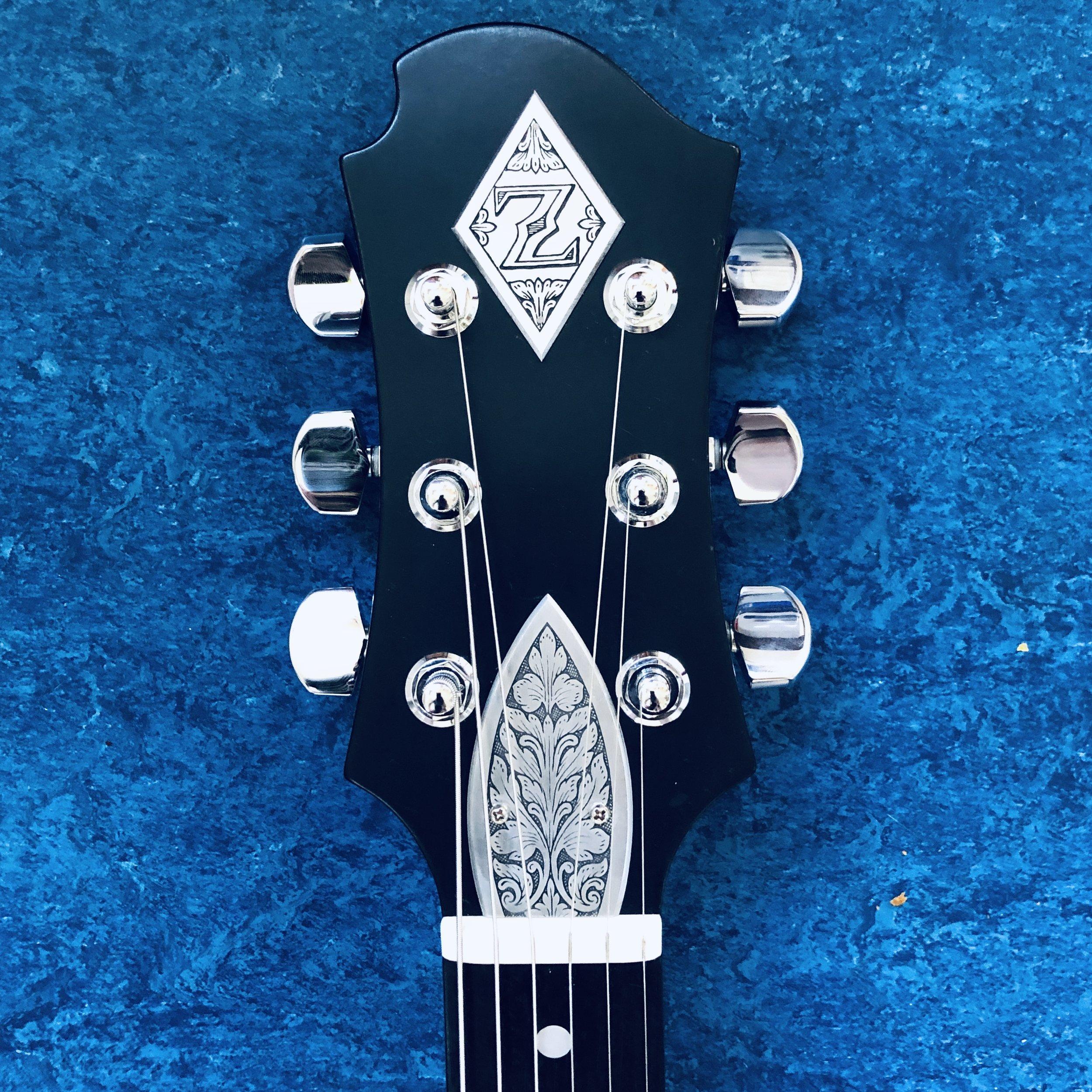 zemaitis-guitar-headstock.jpg