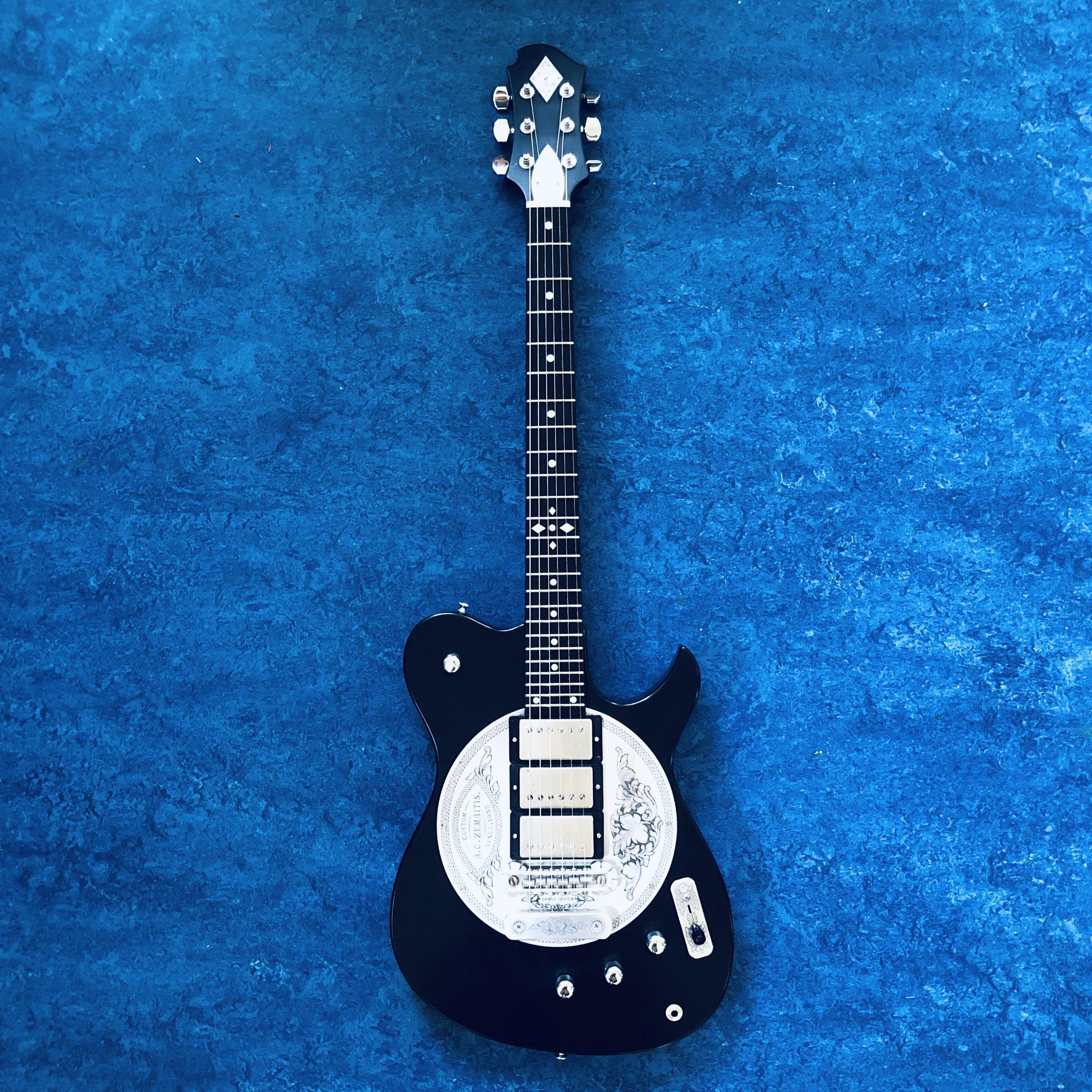 zemaitis-guitar.jpg