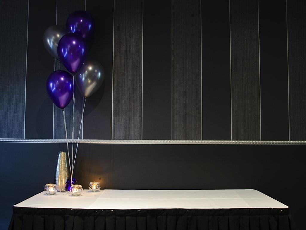 gift_table_purple_ba_FsDzD.jpg