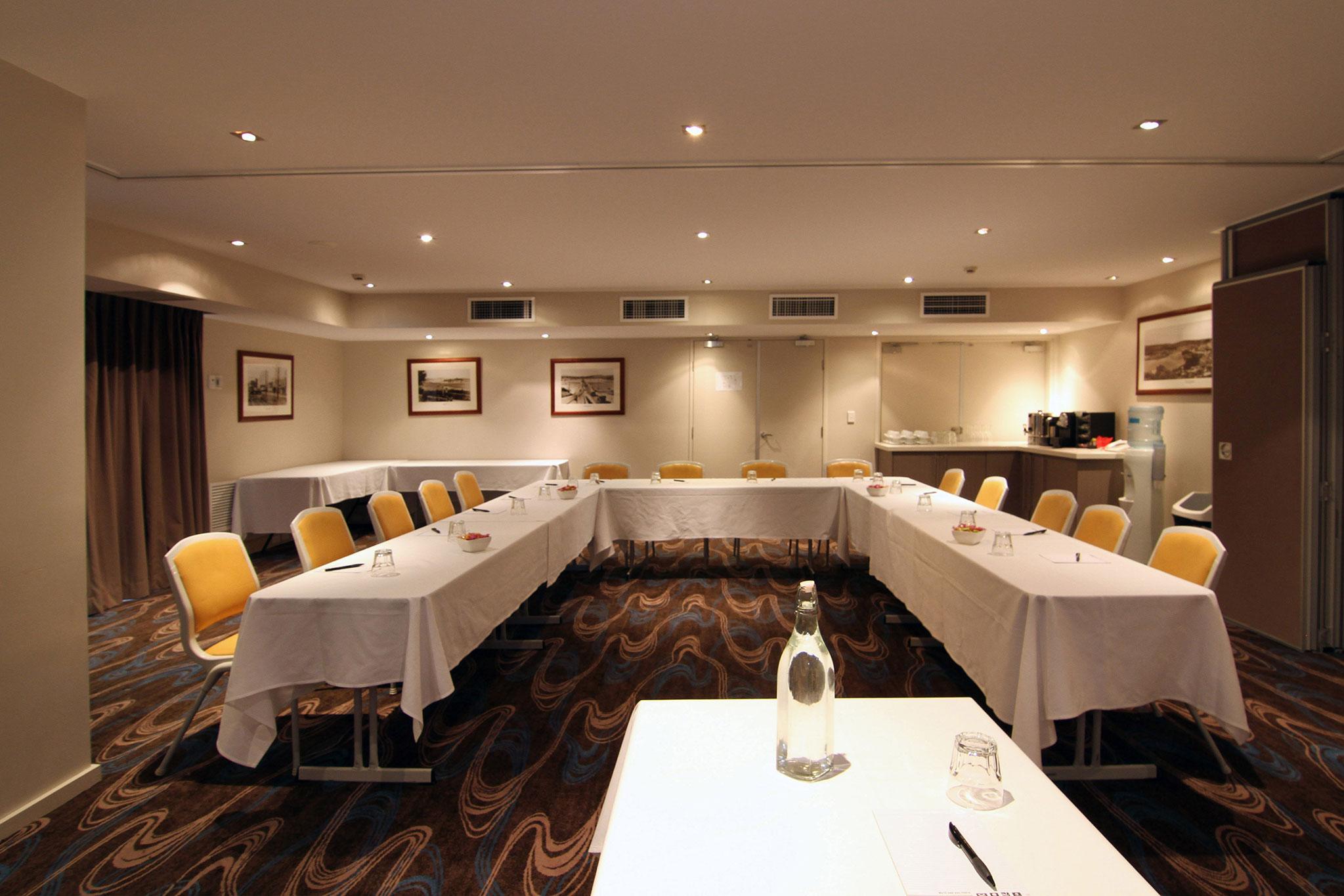 Conference-Room---UShape.jpg
