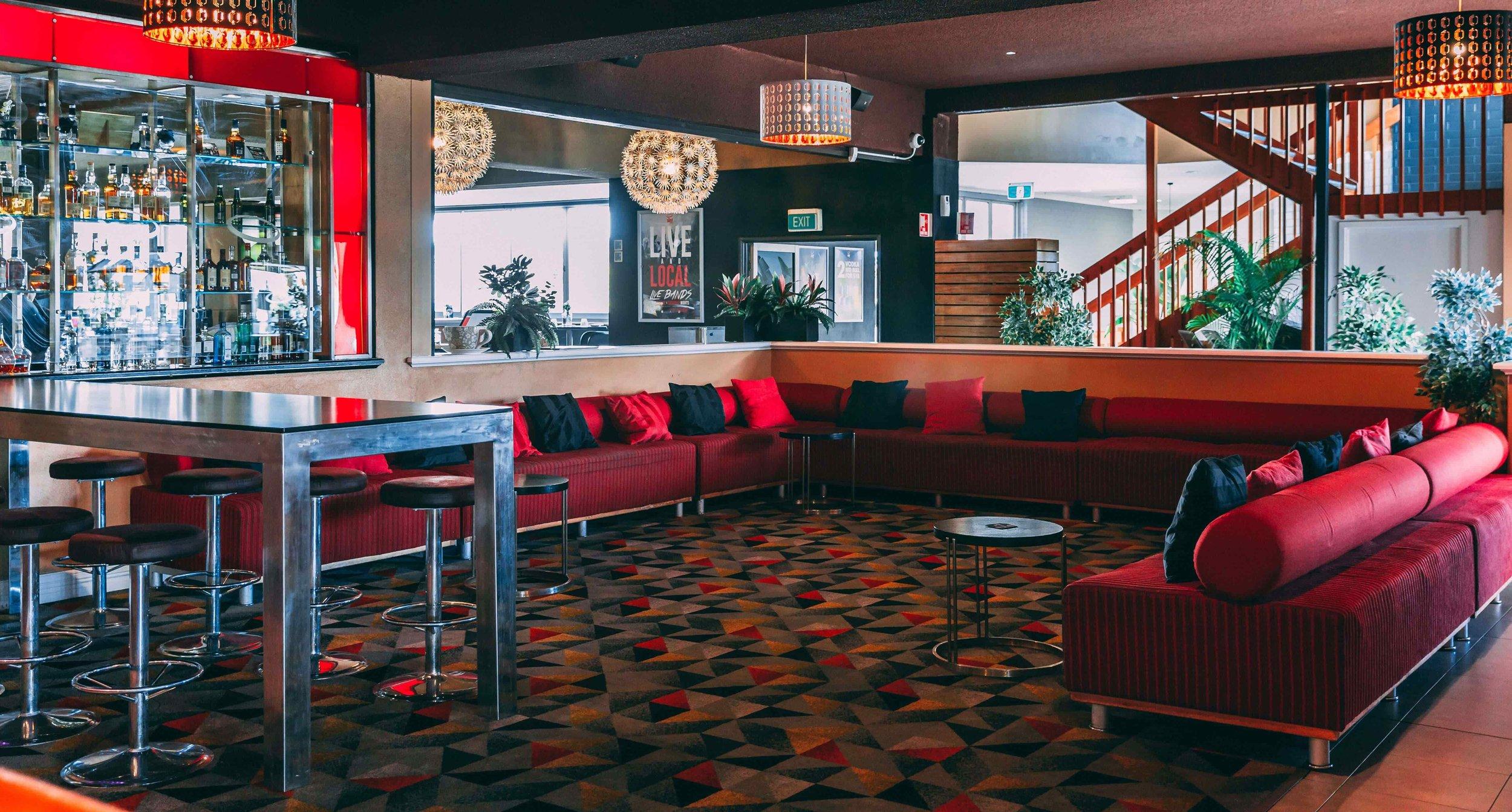 Lounge 2-min-min.jpg