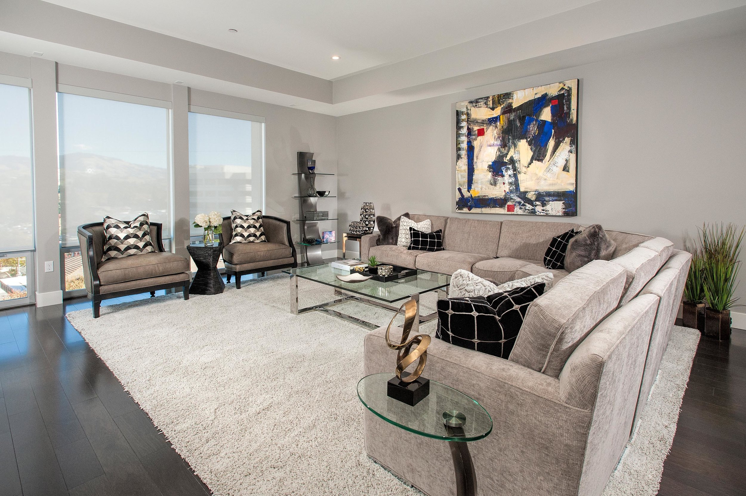Contemporary living room with floor mattress and figurine
