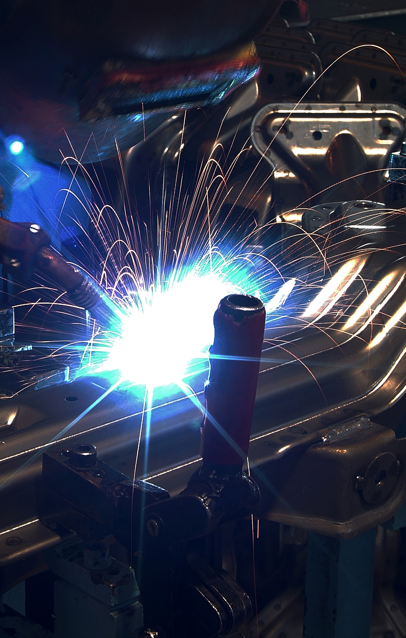 Welder at work.jpg