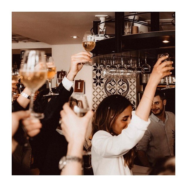Best Moments 🥂 / repost @pauline_bardt 🌼😍