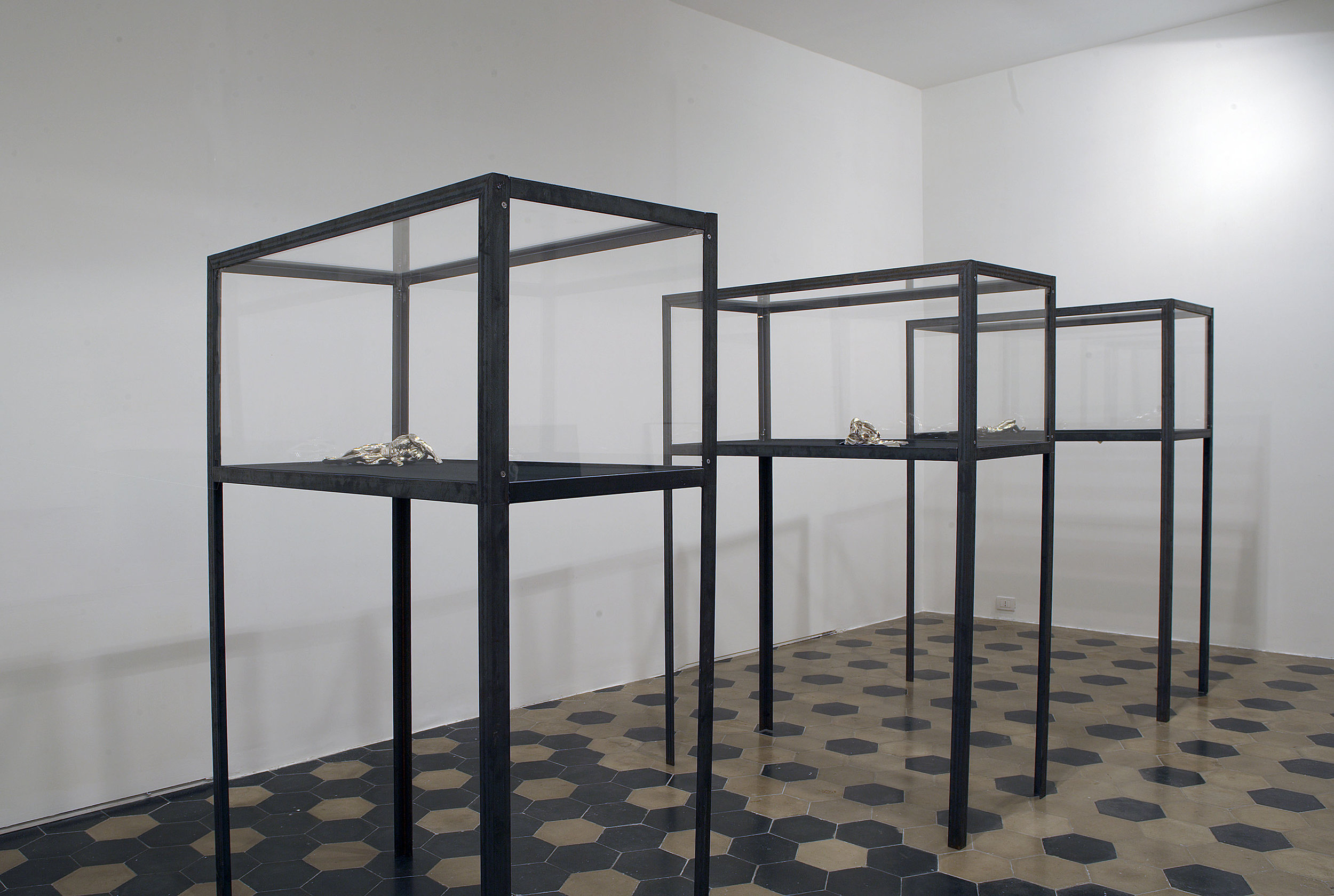 The Age of Chance , 2005 . Mimmo Scognamiglio Artecontemporanea, Naples. Installation view. Photo: Giuseppe Avallone