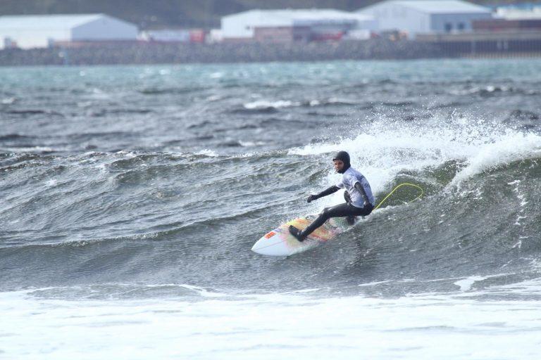 ISA Thurso2017 Ben Ripping a wave.jpg