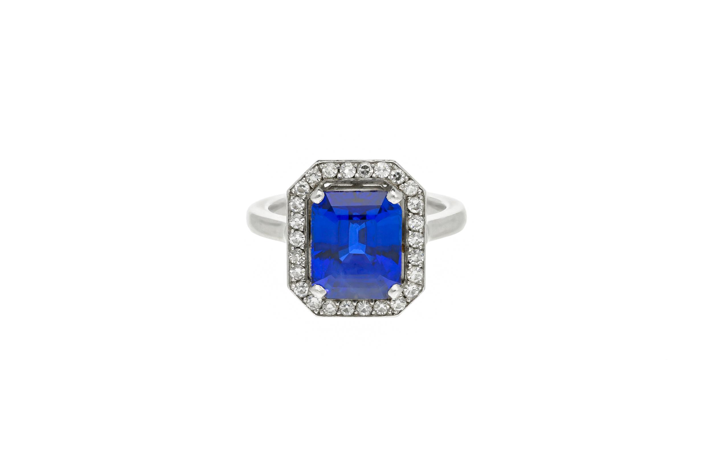 Sapphire_cluster_3.jpg