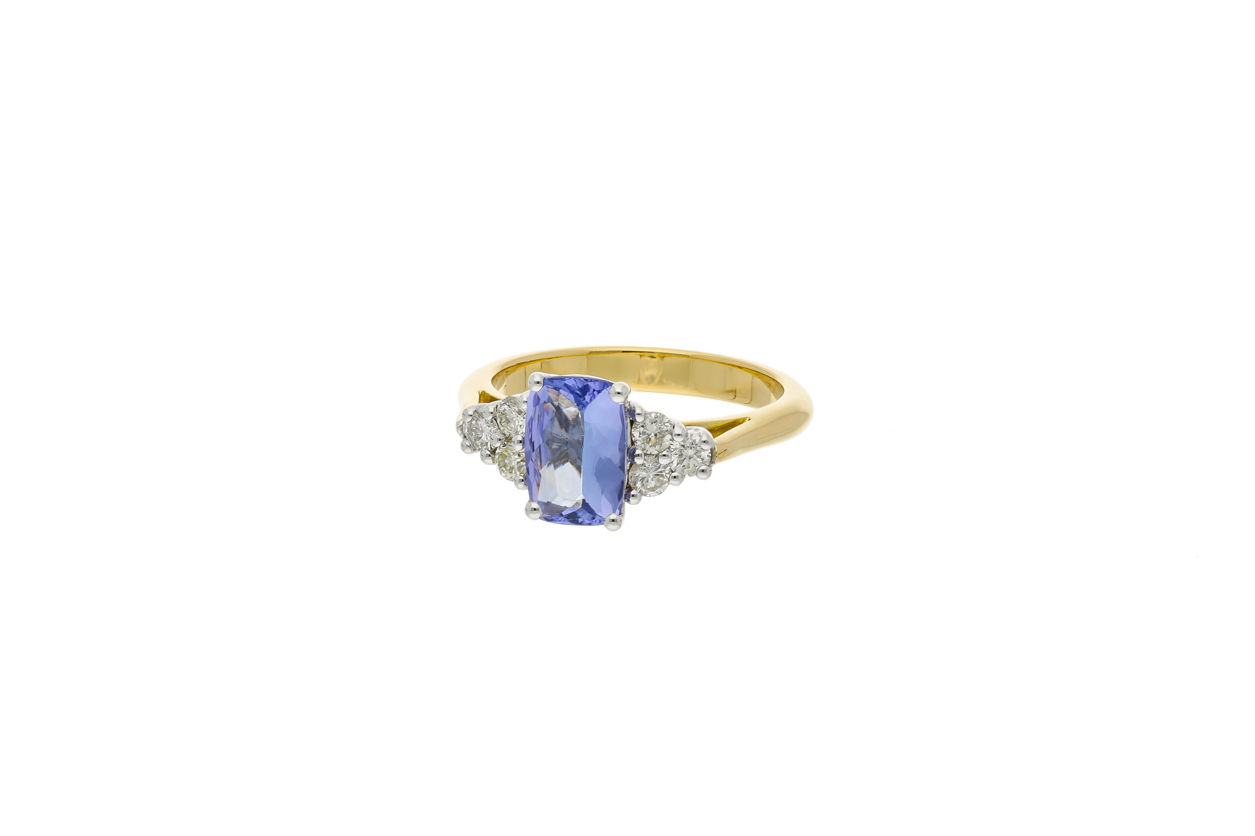 Tanzanite_engagement_ring_2_final_2.jpg