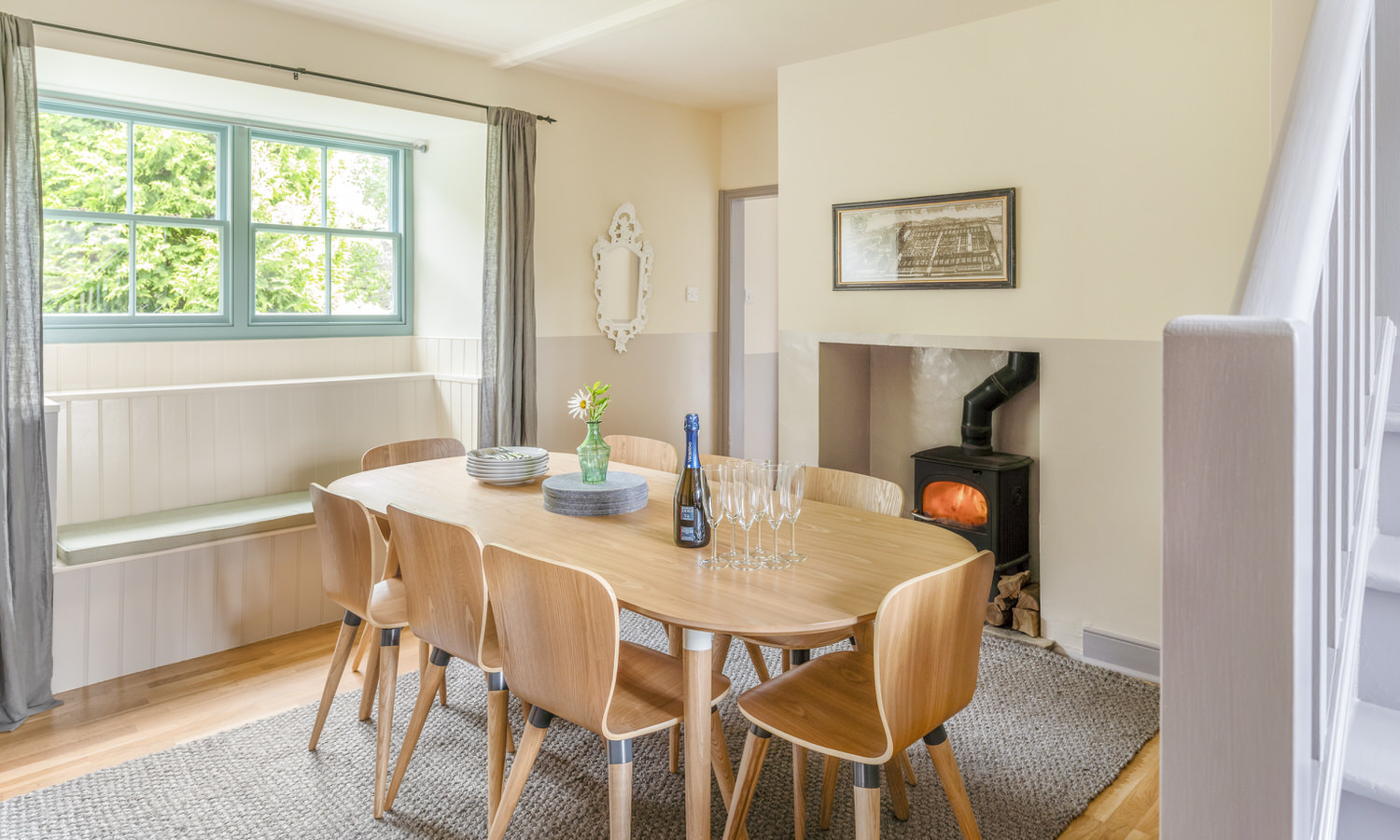 stable cottage dining room.jpg