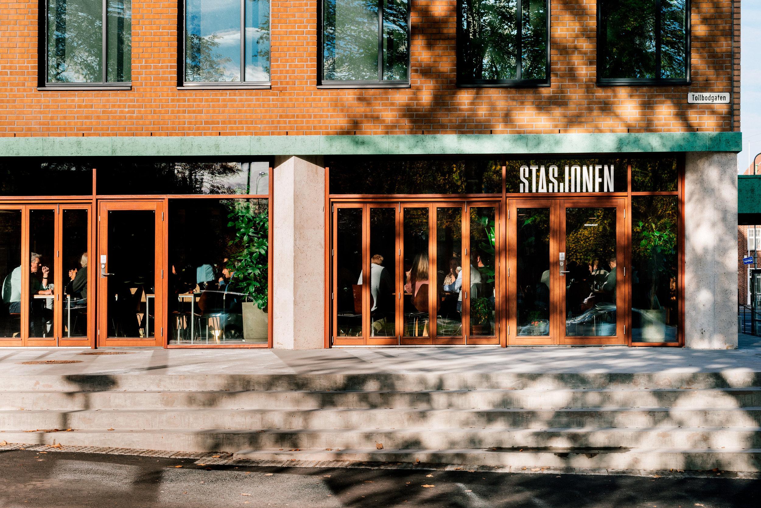 Stasjoen-Tønsberg-møteplass-restaurant-.jpg