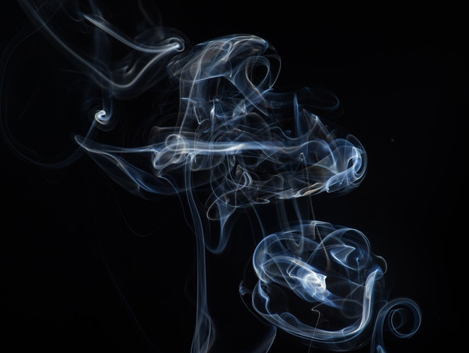 crapoter - literally a fake puffing of a cigarette, crapoter describes a pretender or a fake person