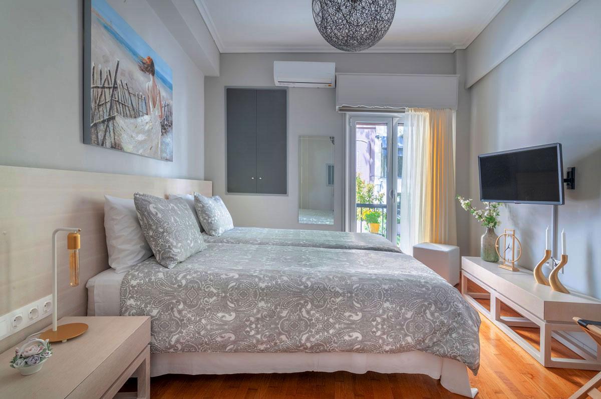 Heloni-Apartment-Hephaestus-1200x798-2.jpg