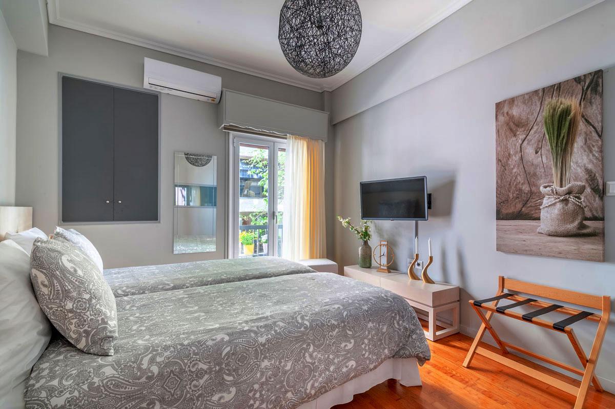 Heloni-Apartment-Hephaestus-1200x798-3.jpg