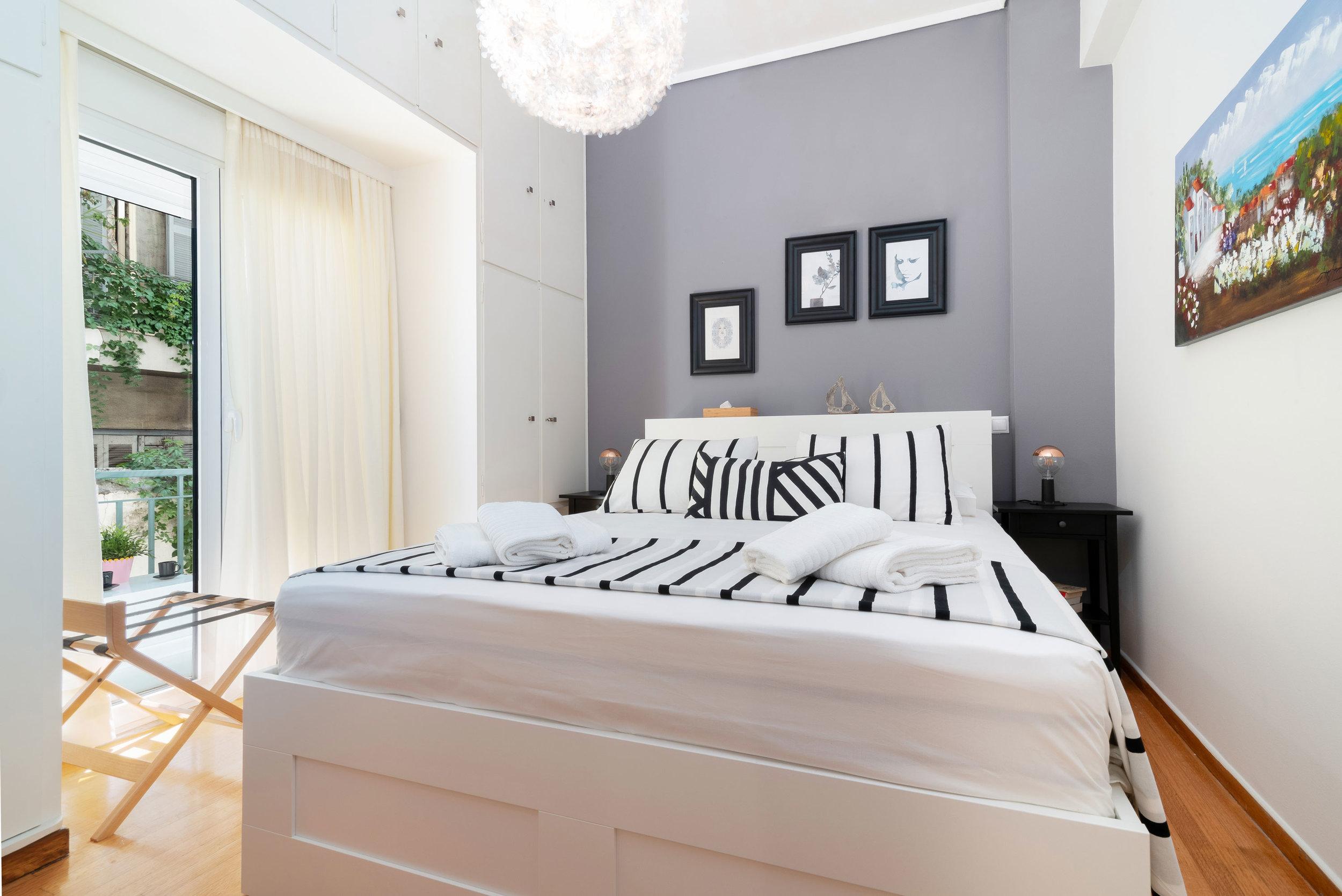 Heloni-Apartment-Athena-2.jpg