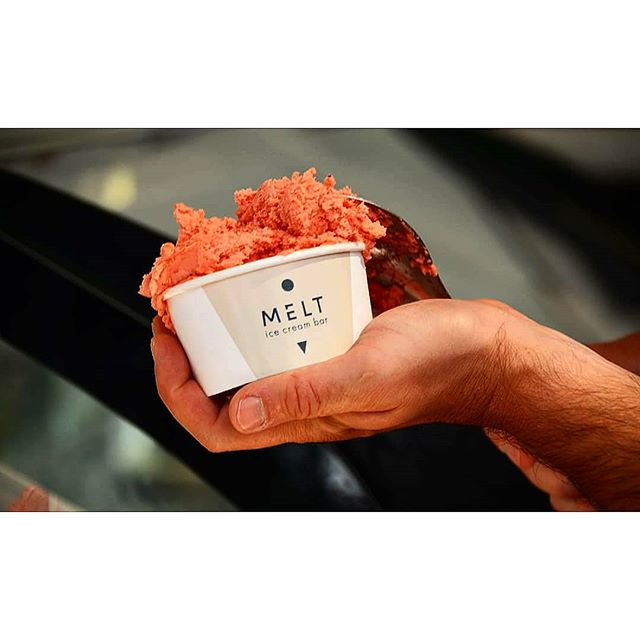 Feel like you're about to melt under the Athenian sun? 🌞  Cheat the heat @melt.athens, your one stop shop for mouthwatering ice cream, pancakes, waffles and more refreshing treats 🍦🍨 MELT is another Helocal partner, offering sweet deals for our guests 🐢