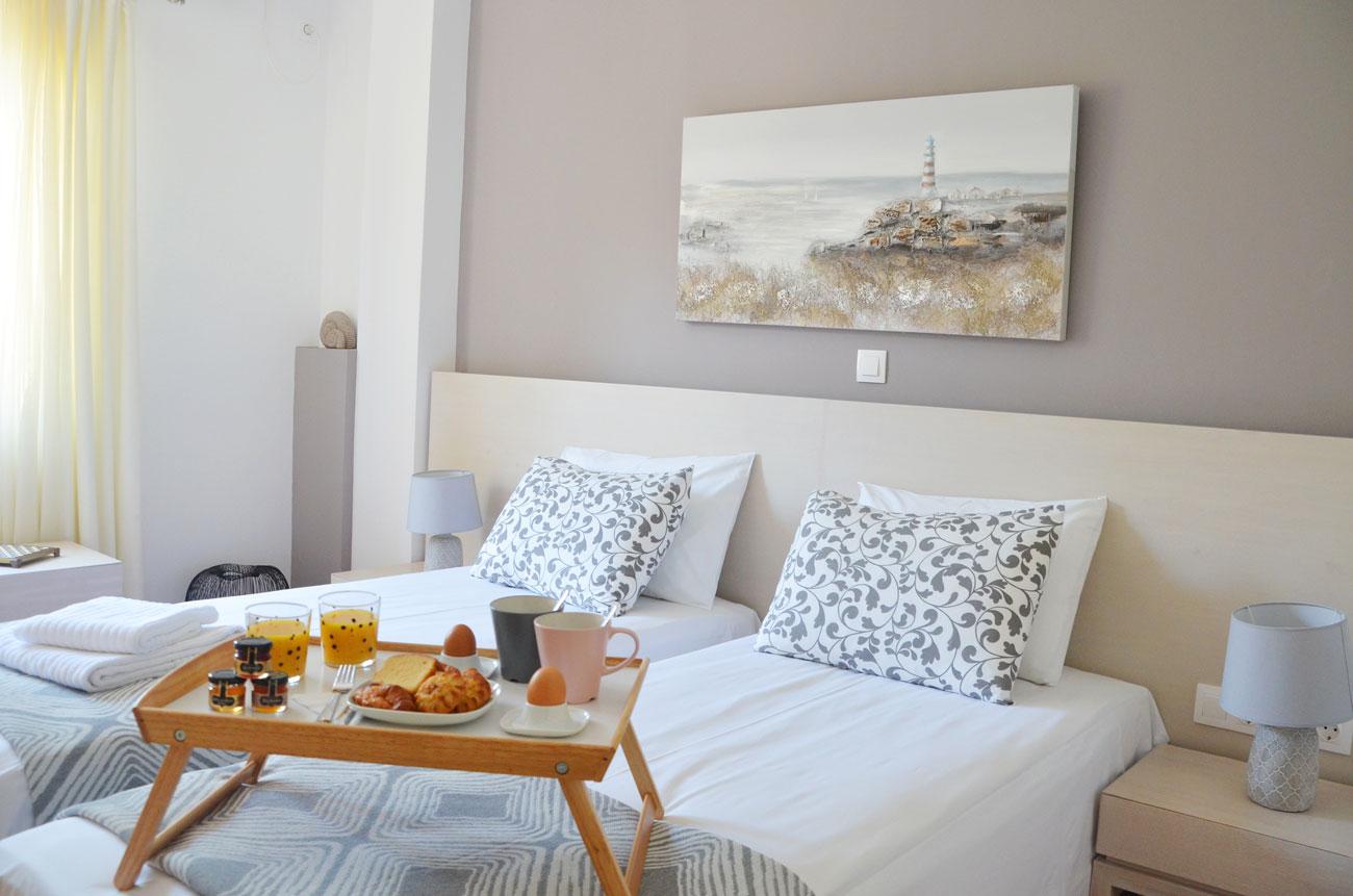 Heloni-Apartment-Hadrian-3.jpg