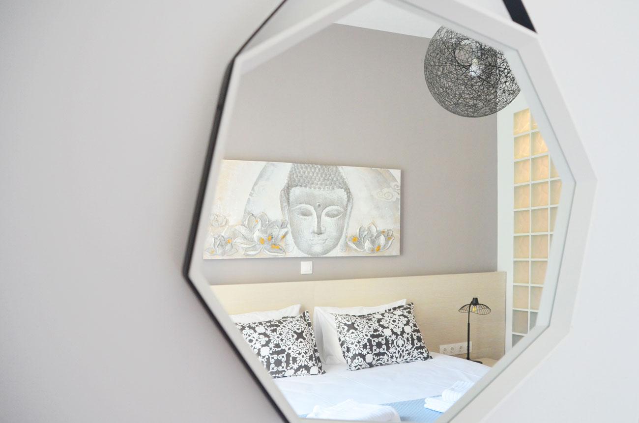 Heloni-Apartment-Hadrian-8.jpg