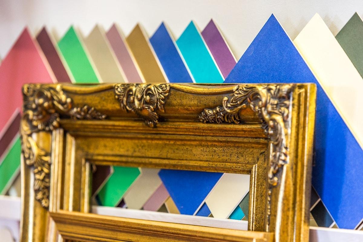 Leigh Gallery in Hampton Hill, London, photo by Cristina Schek(1).jpg