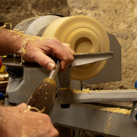 Beginning Wood Turning - Learn more...