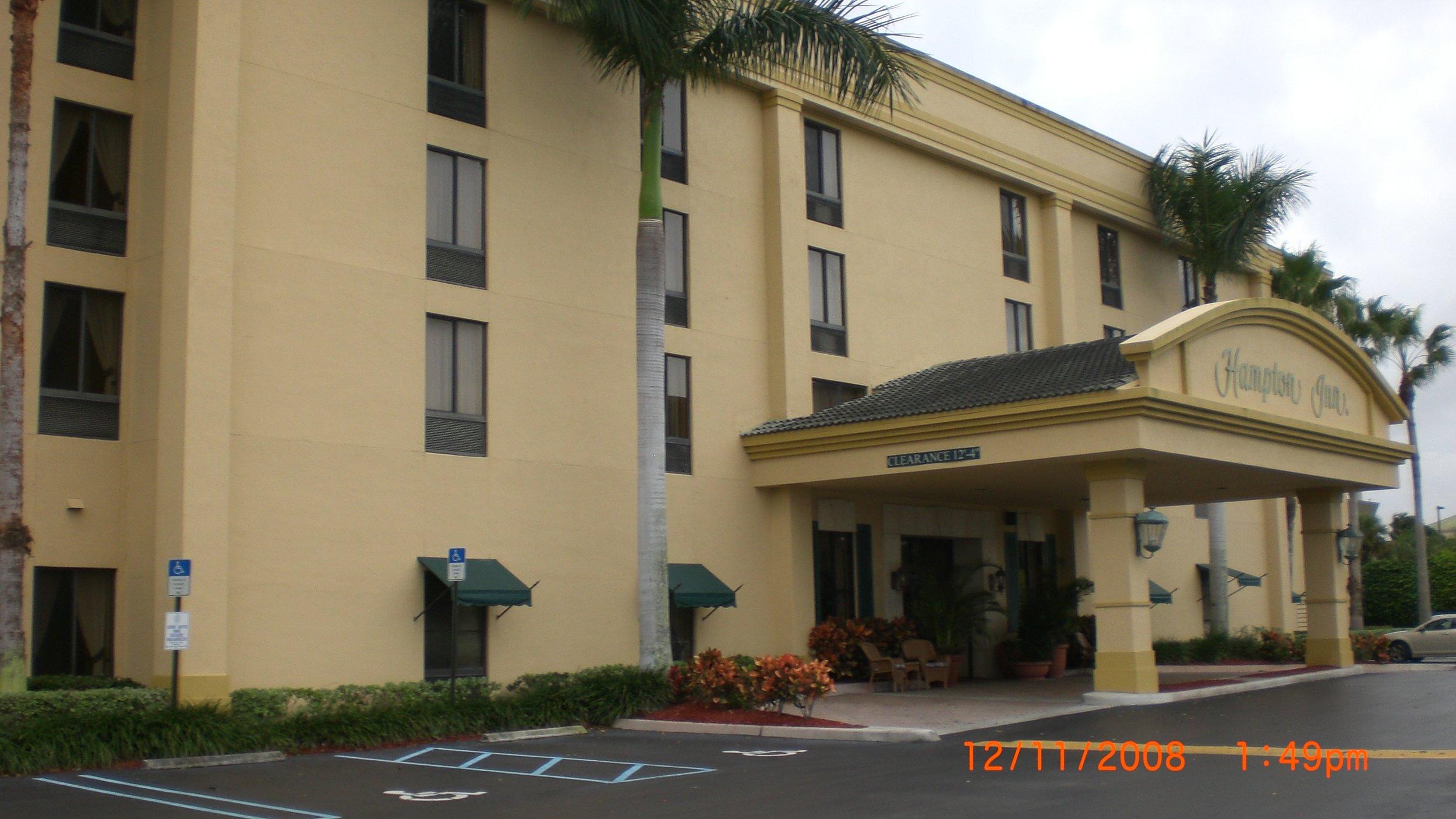 Hampton Inn-2008.JPG