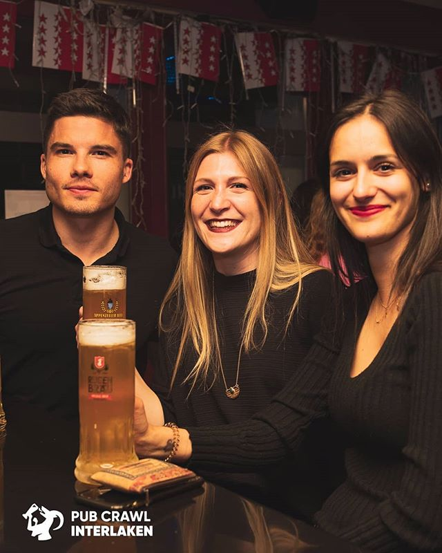 Did you know that Interlaken has an independend brewery that exists for more than 250 years? @rugenbrau1866 is known for its unique taste and beers made with glacial water Try the different types on our tour by joining us tonight 9:30pm at Balmers Herberge #comedrinkwithus #interlakennightlife #nightswithlocals #pubcrawl #beerislove