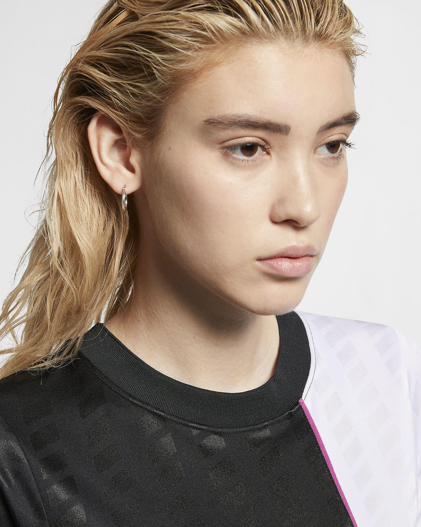 sportswear-nsw-womens-short-sleeve-dress-cTs7Dm-5.jpg