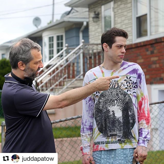 Fresh amazing haircut for the master @juddapatow #Repost ・・・ Directing involves a lot of pointing with conviction.  All of this is in my @masterclass. Photo by @Steve sandsnyc #juddapatow . . . . . . #inspiration  #model #stylist #freelancehairstylist #hairdresser #redcarpet #photography #TWGartists #fashionphotography #celebrity #famous #trend #fbf #fashionblogger #lovemyjob
