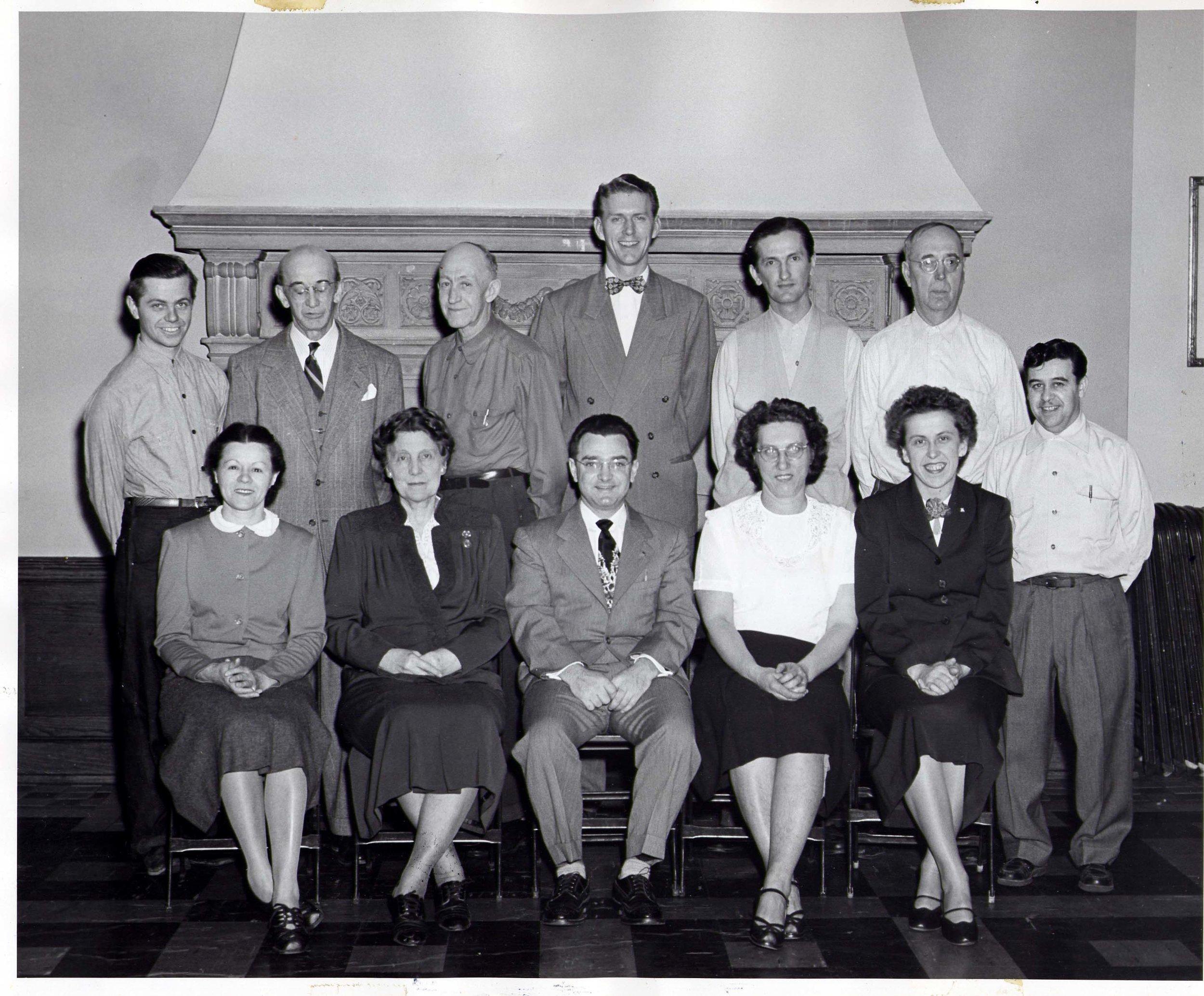 Com center staff 1948.jpg