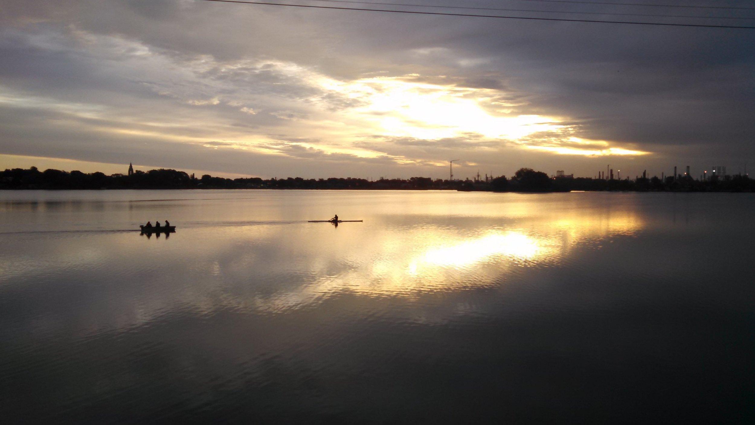 Rower on Wolf Lake 2.jpg