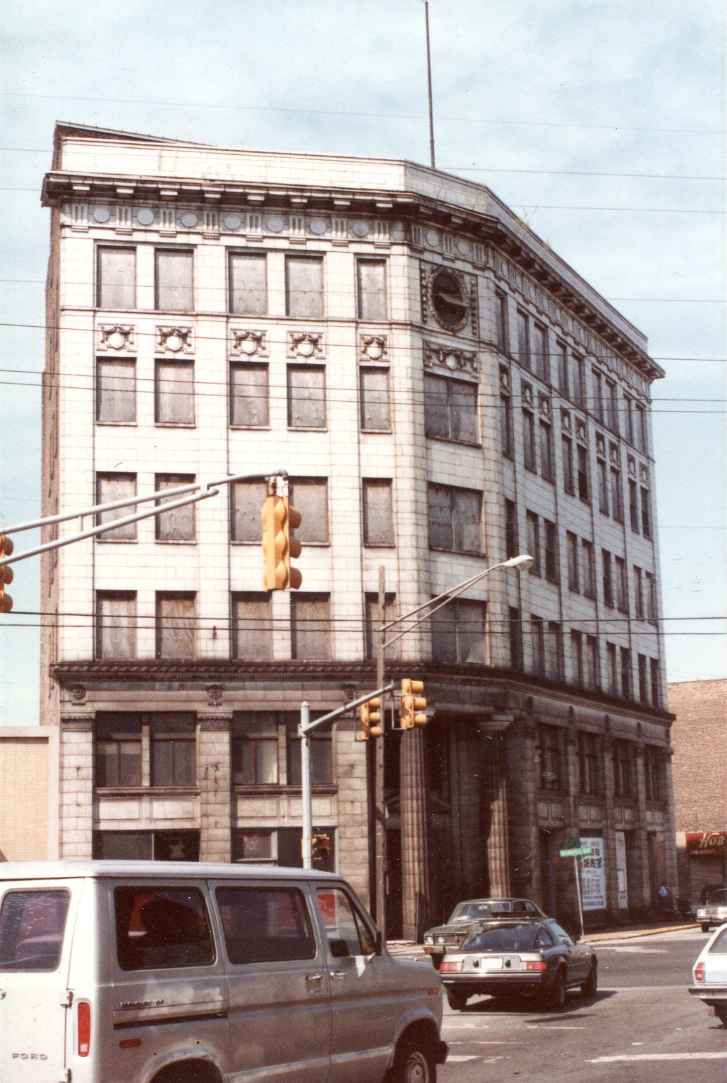 The six-story structure at 119th Street and Indianapolis boulevard was once Whiting's tallest building.