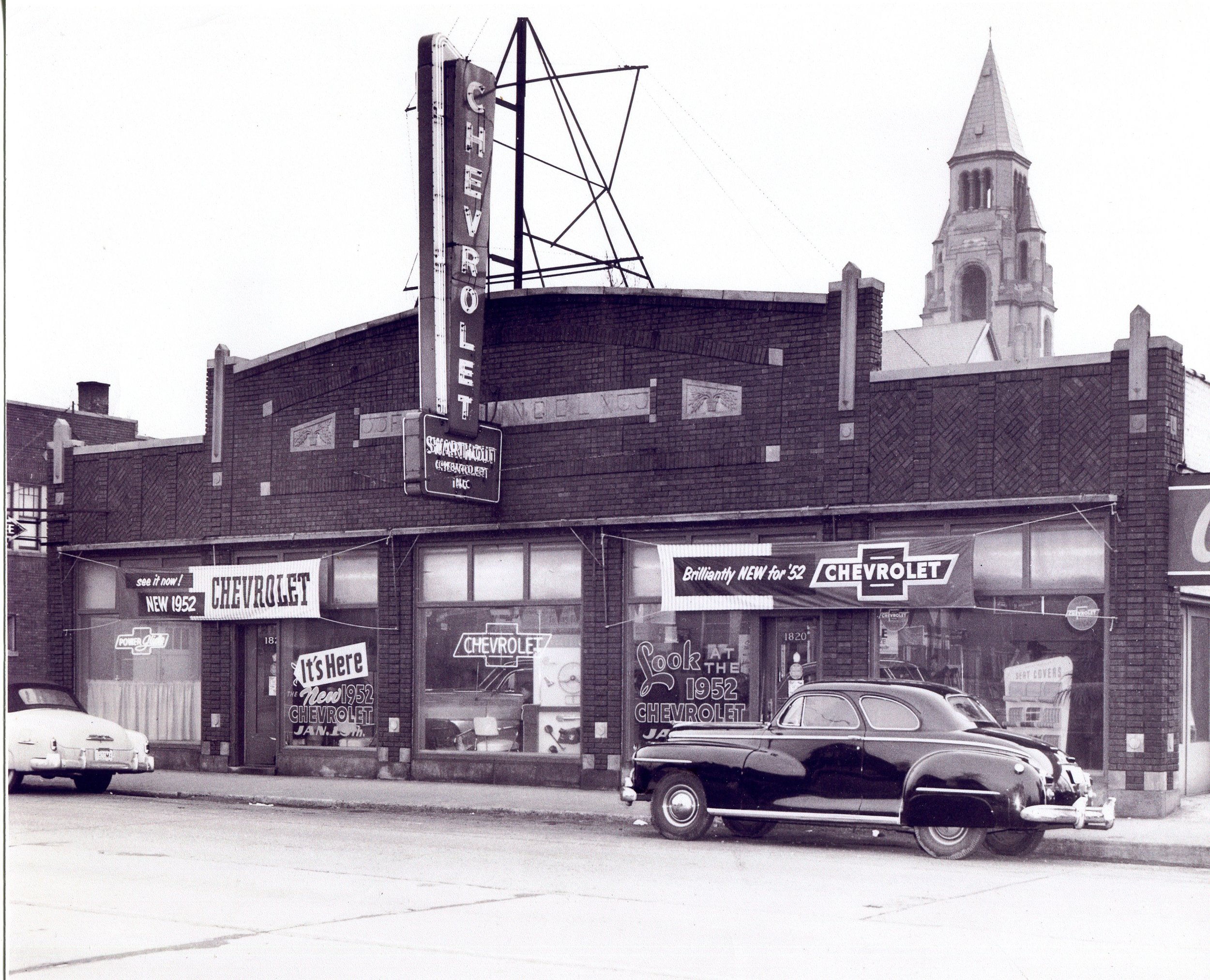 Swarthout Chevrolet in 1952, on Indianapolis Boulevard at Benedict Place, where the McDonald's now stands.