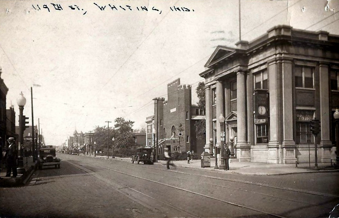 The State Bank of Whiting (1449 119th Street) is on the right, with the National Guard Armory (currently City Hall) next to it at 1443 119th Street) in this 1931 photo.