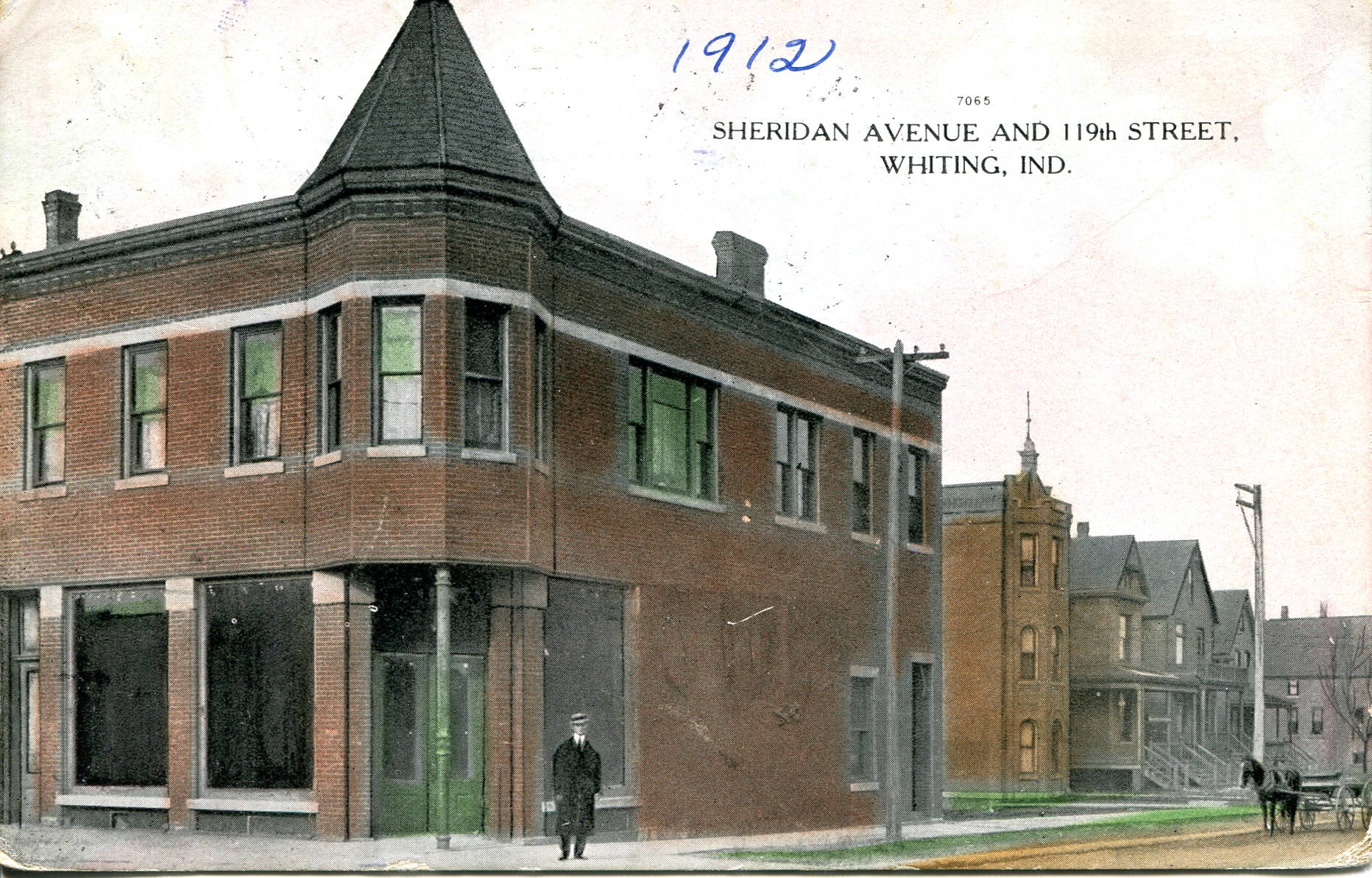119th Street at Sheridan Avenue in 1912, currently the location of Russell Romano Salon, 1347 119th Street.