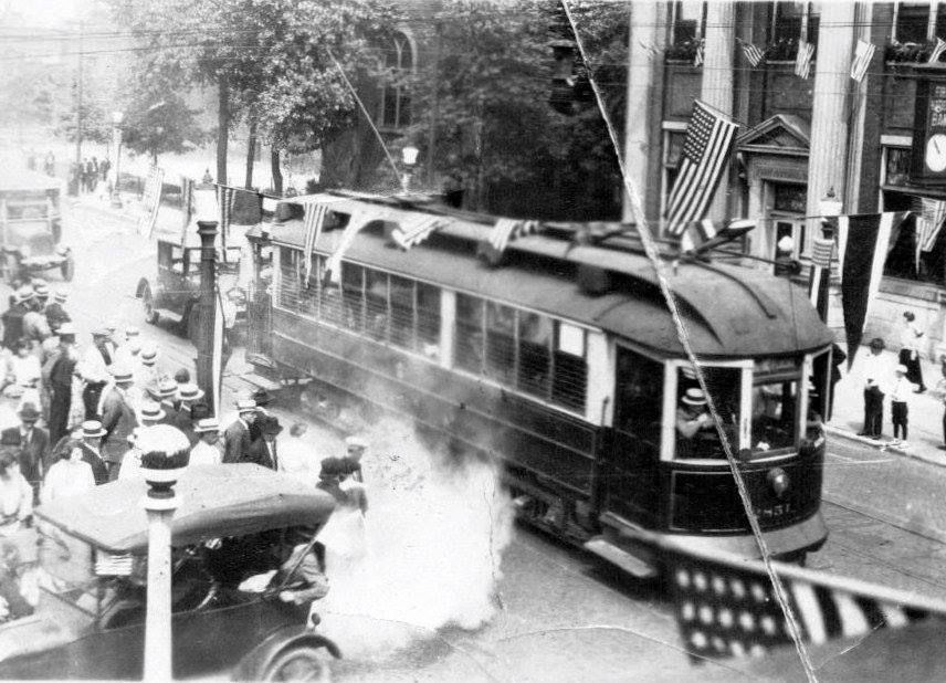 119th Street Street Car Whiting 1920.jpg