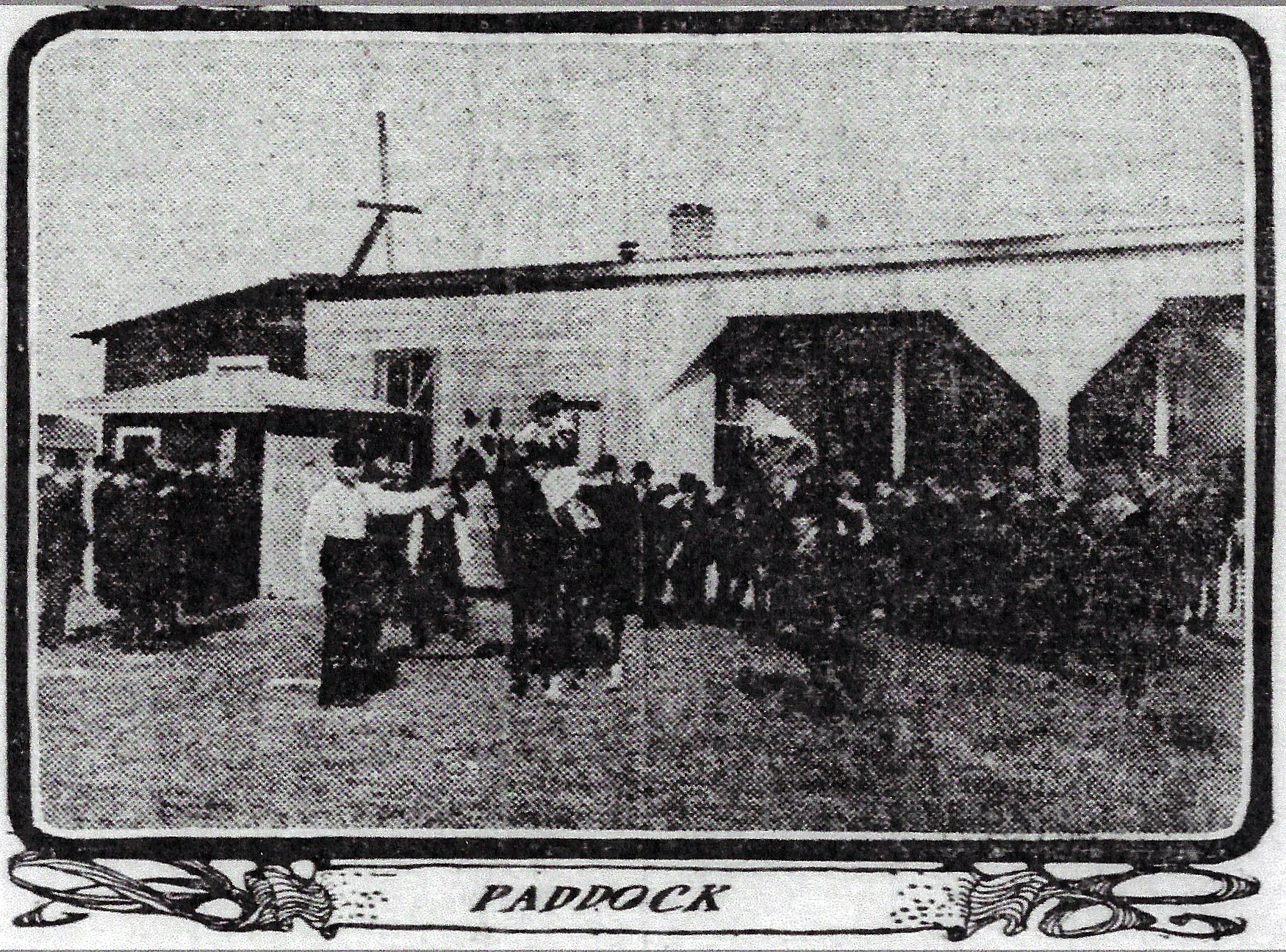 A photo in a 1901 edition of the Chicago Tribune shows us what the paddock at the Roby race track looked like. The paddock was an area to hold and exercise horses. The track had stables to accommodate as many as 500 horses at a time.