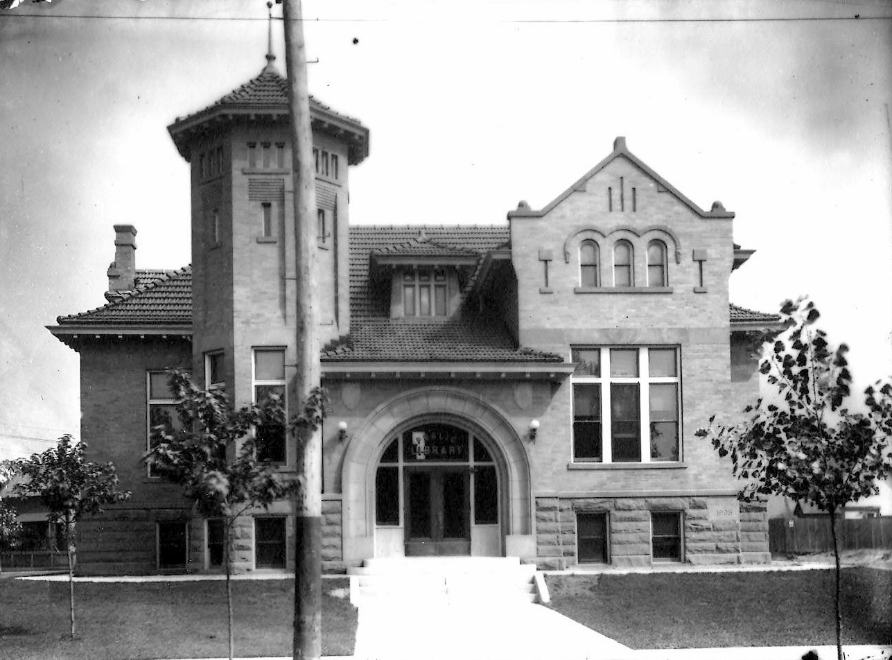 The Whiting Public Library was an attractive building when it was built in 1906, even before the landscaping around it matured and added to its beauty.